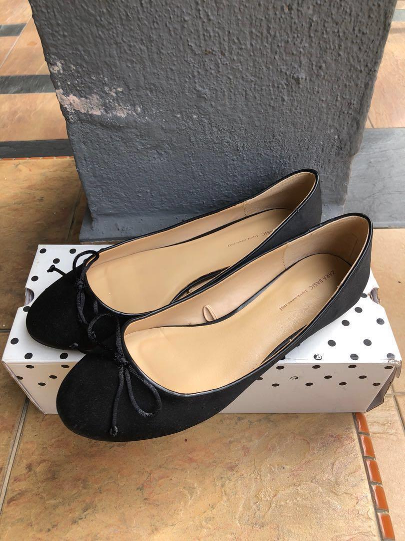 6662d4346cc Zara Flat Shoes  Letgo50