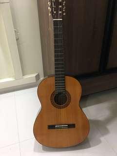 Guitar Yamaha C-330A
