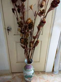 Nice Chinese Vase With Attractive Flowers   (Up $30 Now $28)