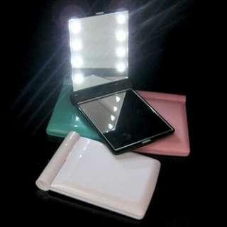 cermin kaca led lampu make up free battery