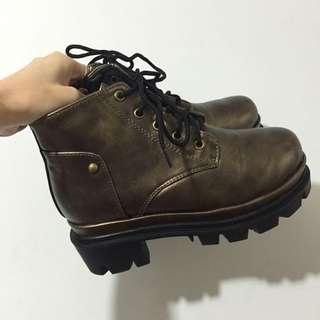 🚚 古銅色 綁帶 厚底 馬丁鞋 馬丁靴 靴子 短靴 37 23.5