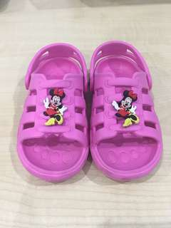 Minnie Sandal