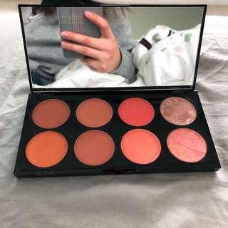 Make up Revolution London -Ultra blush palette
