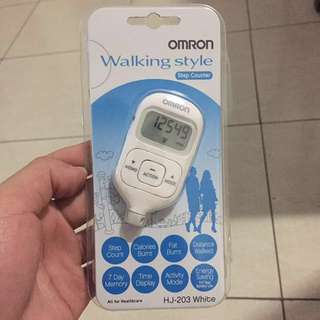OMRON  walking style HJ-203 white step counter