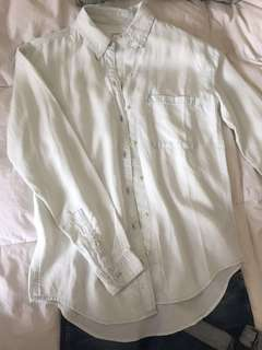 Aritzia button up shirt
