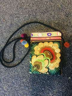 Vintage side bag embroidery
