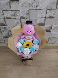Graduation bouquet with care bear