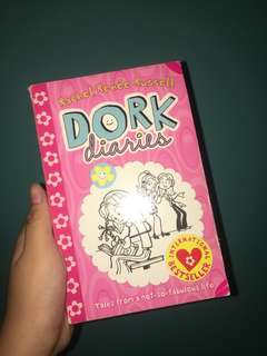 dork diaries , book 1 and pop star