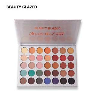 35 colour eyeshadow pallette