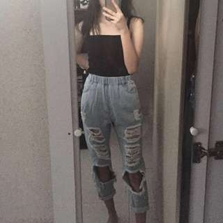 High waisted Ripped boyfriend jeans ( PRICE REDUCED )