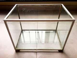 Glass Fish Tank (+ free fish net)
