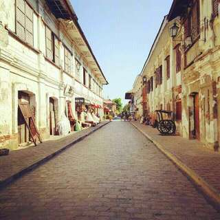 VIGAN DAY Tour for only 999..  For info txt me 09952921955