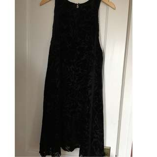 Aritzia Wilfred Trompette Dress - Black (Size Large)