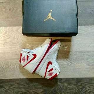 Air Jordan 1 High OG Metallic Red