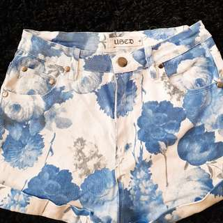 Pre Loved Shorts - FREE POSTAGE