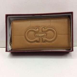 Brandnew! Sale Authentic Ferragamo Wallet
