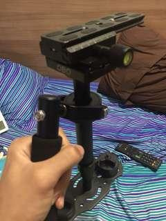 Camera stabilizier