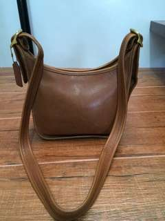 Authentic Coach vintage crossbody