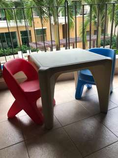 Little tikes stool and table