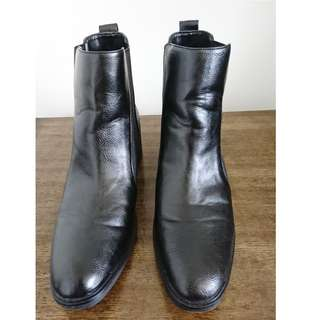 ZARA leather ankle boots sz41