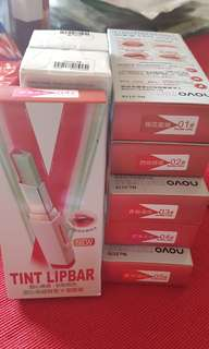 Tint lip bar