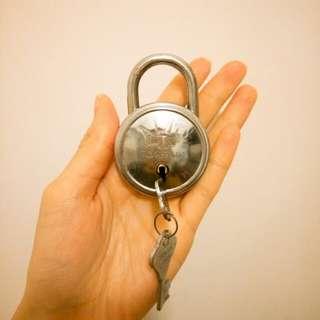 古道具vintage ALTO大鎖連鑰匙兩條