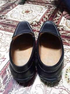 BLACK SHOES. Condition 9/10