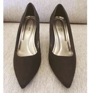 Black Shoes with Heels Pumps size 10