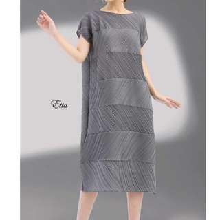 Super Premium. Etta Pleat Dress. Free Size.
