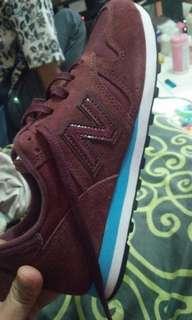 Sepatu New Balance Ori 100% Size 42