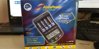 La Crosse Technology BC700 Alpha Power Battery Charger