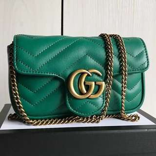 👍🏻Our BEST SELLING Gucci GG Marmont Super Mini Matelasse Bag