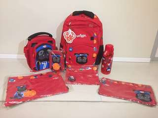 Smiggle bag set