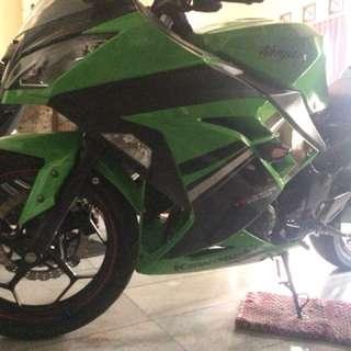 Ninja 250fi lime green (spesial edition)