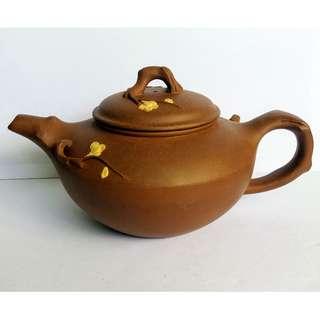 * 013 * 1980s Chinese Yixing Zisha Teapot 早期宜兴紫砂茶壶