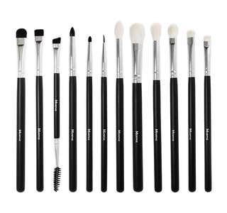 100% authentic Morphe eyecredible Brush set of 12
