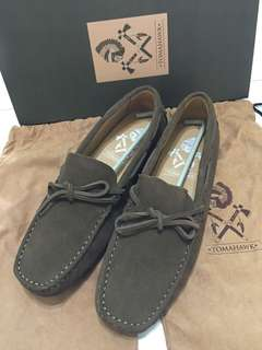 NEW Tomahawk Olive shoes size 41