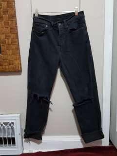 "Aritzia Levi ""wedgie"" fit mom jeans"