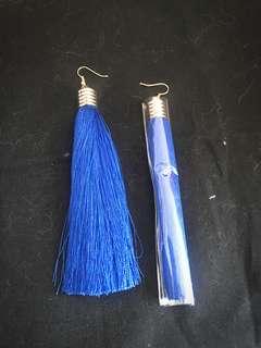 寶藍色流蘇耳環