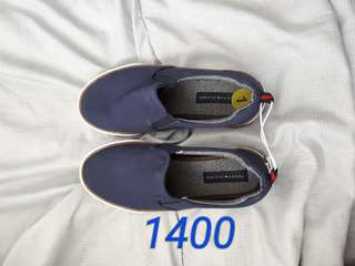 Tommy hilfiger shoes 100% authentic