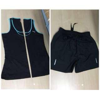 2 sets black gym loose tank tops and a shorts