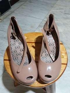SALE!!! PreLoved Toffee Apple Wedge Peep Toe Shoes (Mel by Melissa Brand)