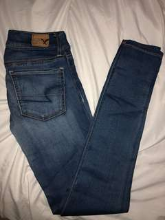 AMERICAN EAGLE Super Stretch Jegging (Size 00)