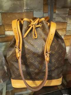 Authentic LV Noe Drawstring GM Size with Dustbag