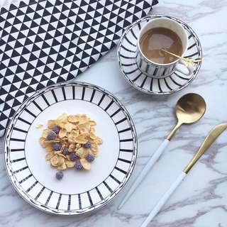 Ins style coffee cup and plate(include silver color coffee spoon)