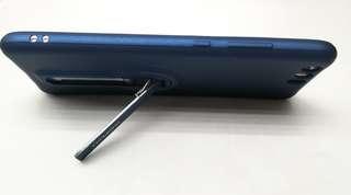 手機保護套和鋼化玻璃保護膜
