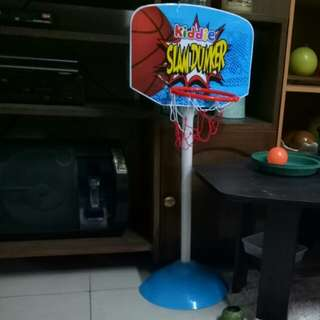 Kiddies Slamdunker basketball ring and ball