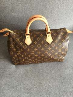 REDUCED-LV Louis Vuitton Speedy 35 Monogram in Box