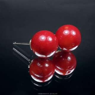 🚚 珍珠林~人面桃花相映紅.12MM阿卡珊瑚耳環.僅次一組~特價$1299 #472