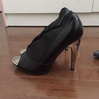 Aldo formal sexy heels size 7 9/10 condition